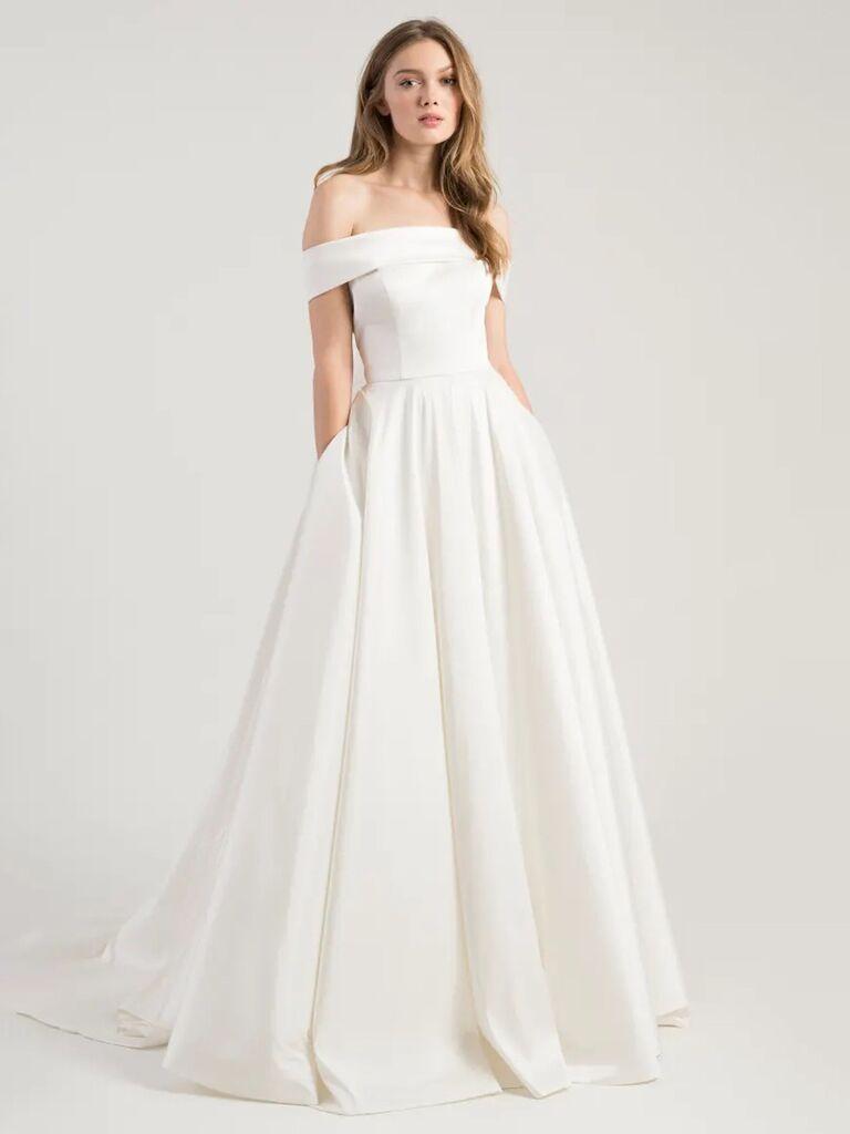 jenny yoo trơn màu trắng ngà với váy cưới trễ vai có túi và váy dạ hội xếp ly váy cưới màu trắng đẹp