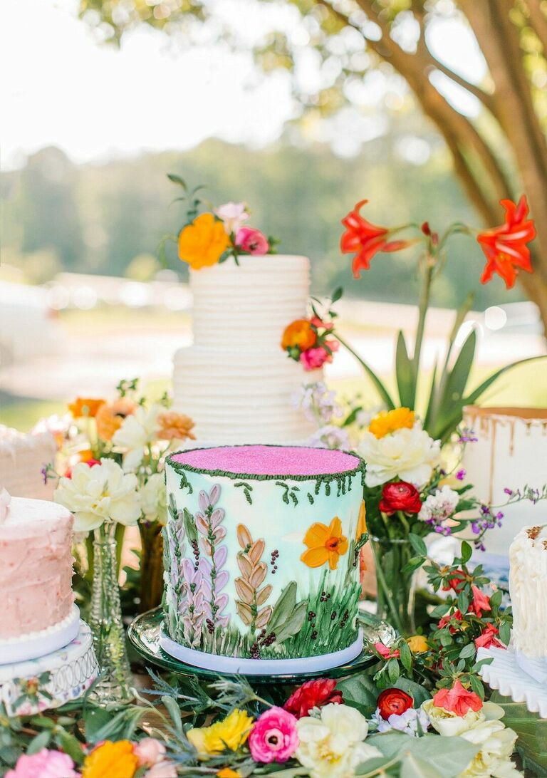 Colorful garden-inspired one-tier wedding cake
