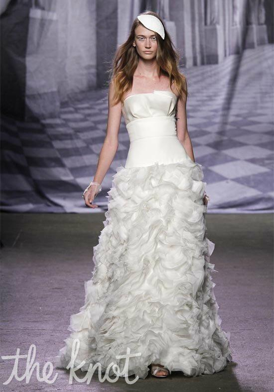 Monique Lhuillier Collette Wedding Dress photo