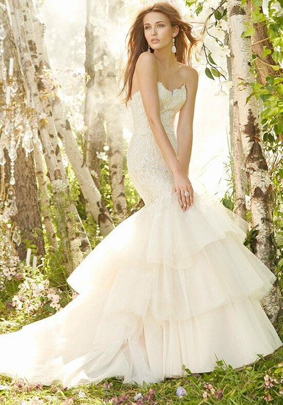Jim Hjelm 8302 Wedding Dress photo