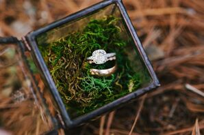White Gold Engagement Ring With Diamond Halo
