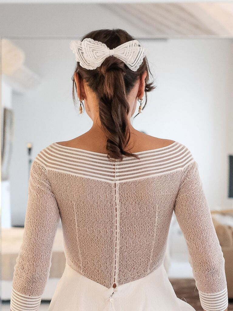 vintage wedding hairstyles ponytail with bow