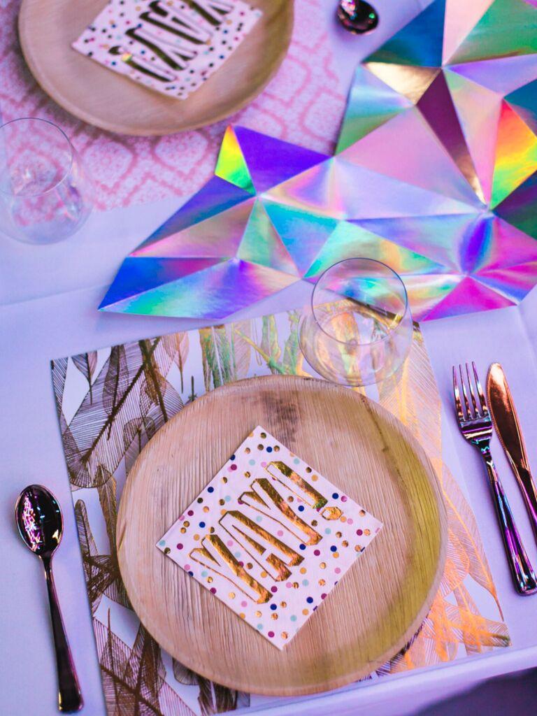 winter wedding ideas iridescent colors