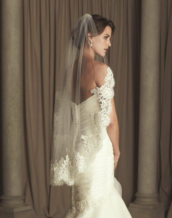Paloma Blanca Veils Collection V440F Wedding Veils photo