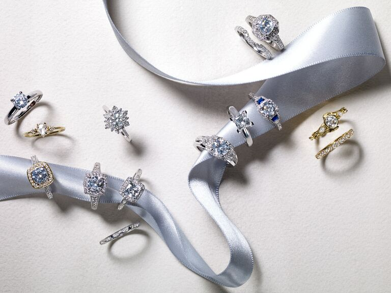 Wedding rings of different metals