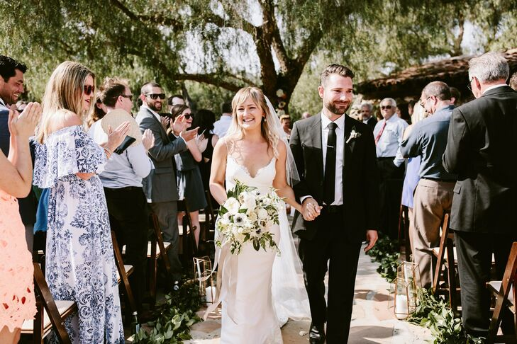 """""""I really wanted the venue to speak for itself,"""" Mira says of Leo Carrillo Ranch in Carlsbad, California. """"I wanted to embrace its elements and add simple touches to heighten the natural beauty that was already there."""""""