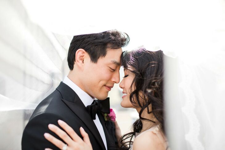Stephanie Huang (30 and an anesthesiologist) and Bryan Hsu (31 and an attorney) honored the various elements of their heritage on their wedding day. N