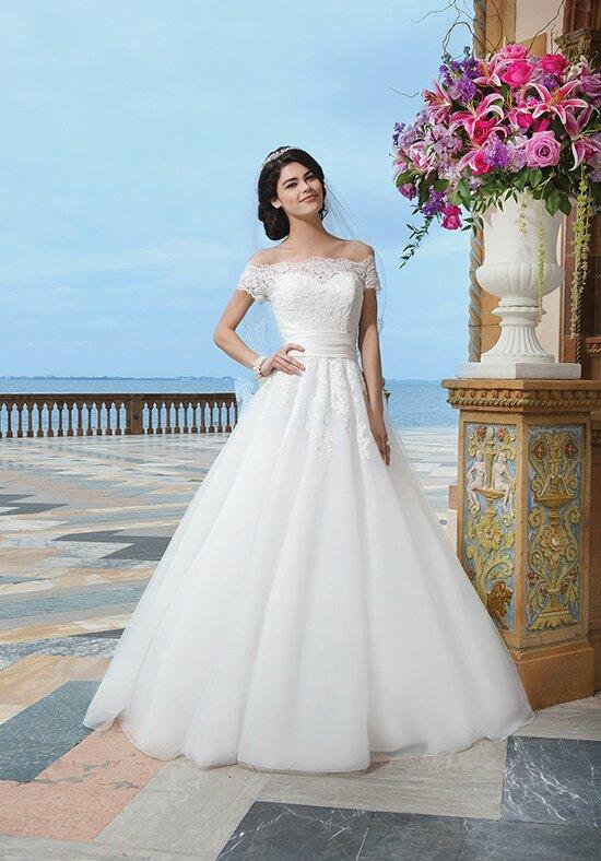 Sincerity Bridal 3836 Wedding Dress photo