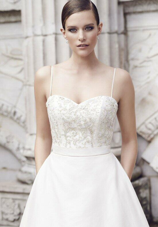 Paloma Blanca 4552 Wedding Dress photo