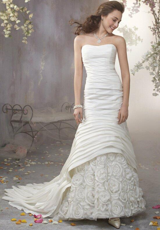 Alfred Angelo Signature 2365 Wedding Dress photo