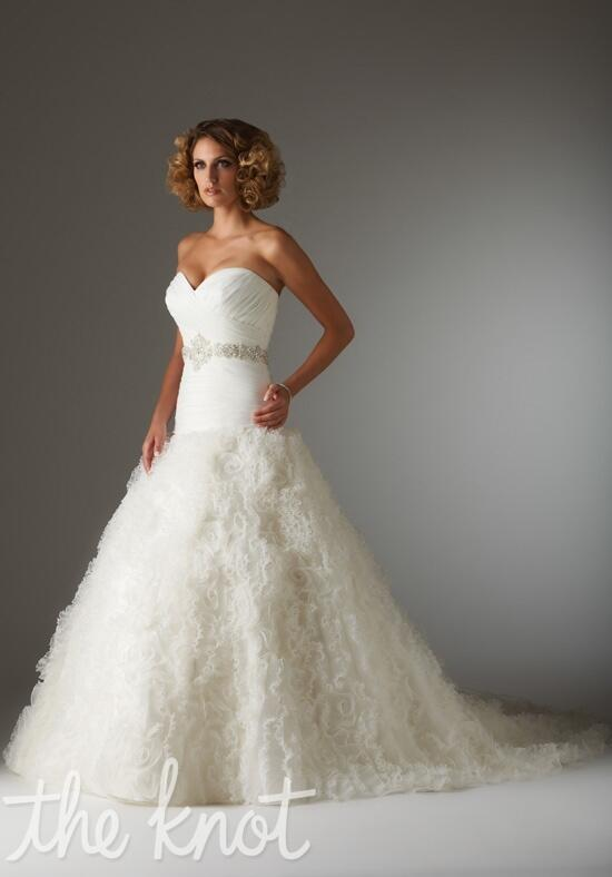 Essence Collection by Bonny Bridal 8201 Wedding Dress photo