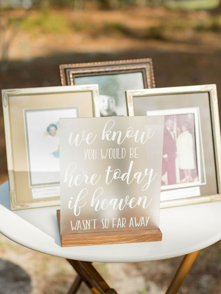 how to honor loved one at wedding memory table with old wedding pictures