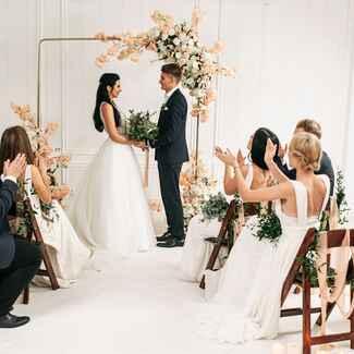 small wedding minimony microwedding elopement coronavirus