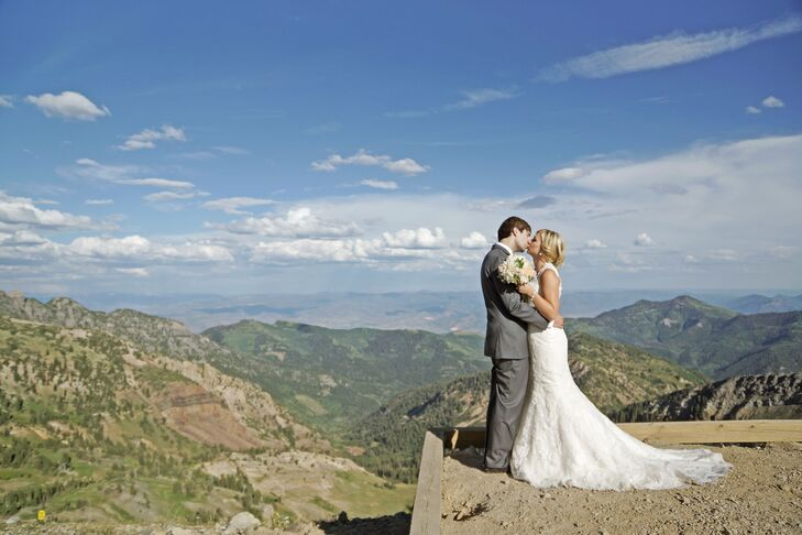 With breathtaking 360-degree views of the mountains and canyons in Snowbird, Utah, the Cliff Lodge and Spa is a stunning resort