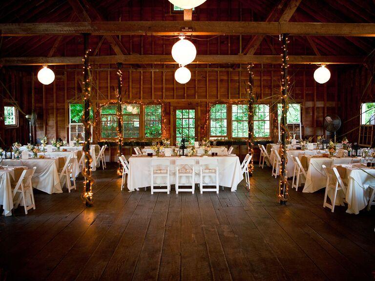 Fall wedding venue in Arlington, Vermont.
