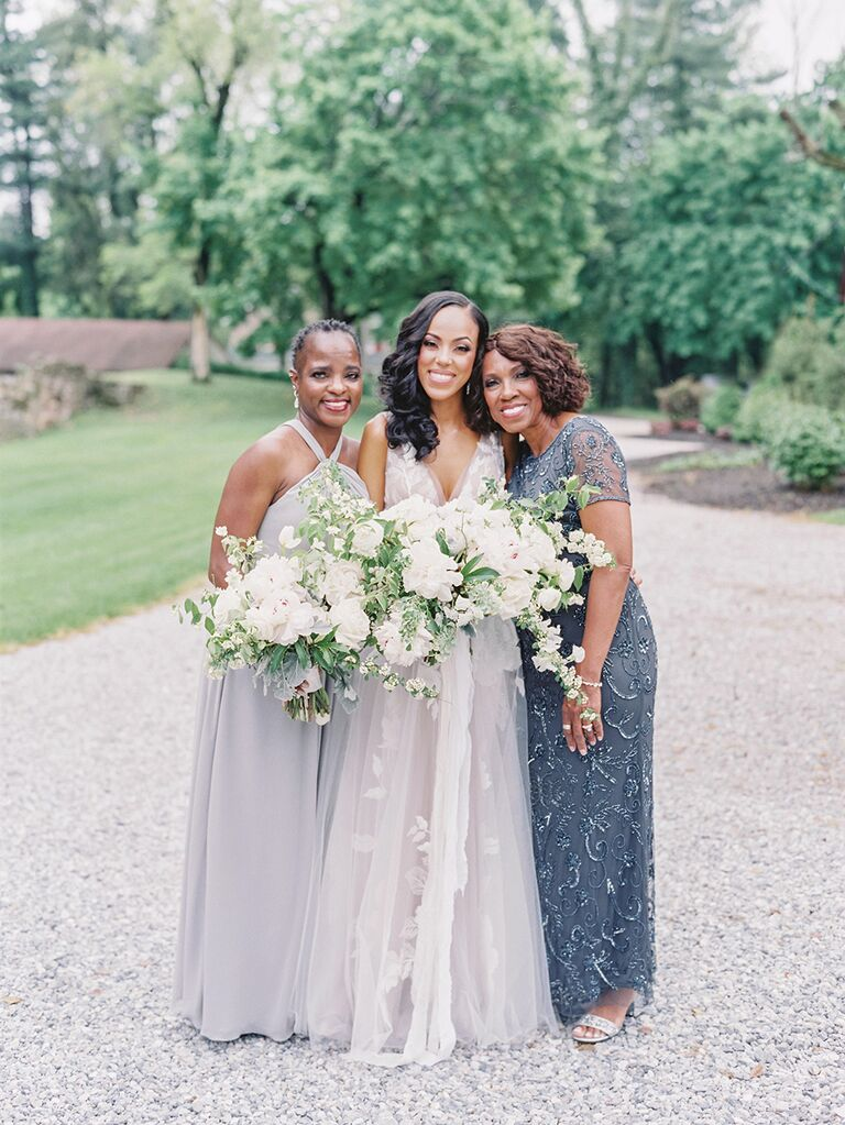 bride and mother and sister