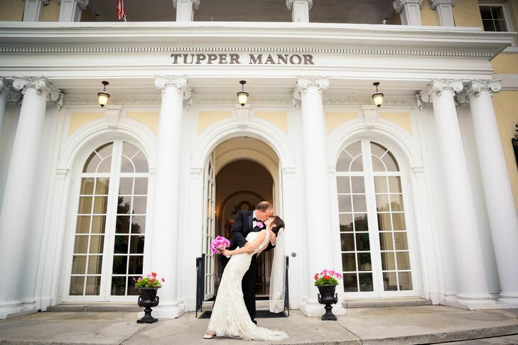 """""""Tupper Manor mansion is so elegant and provided the perfect 'turn of the century feel that fit so well with our Great Gatsby inspiration,"""" explains Sharon."""