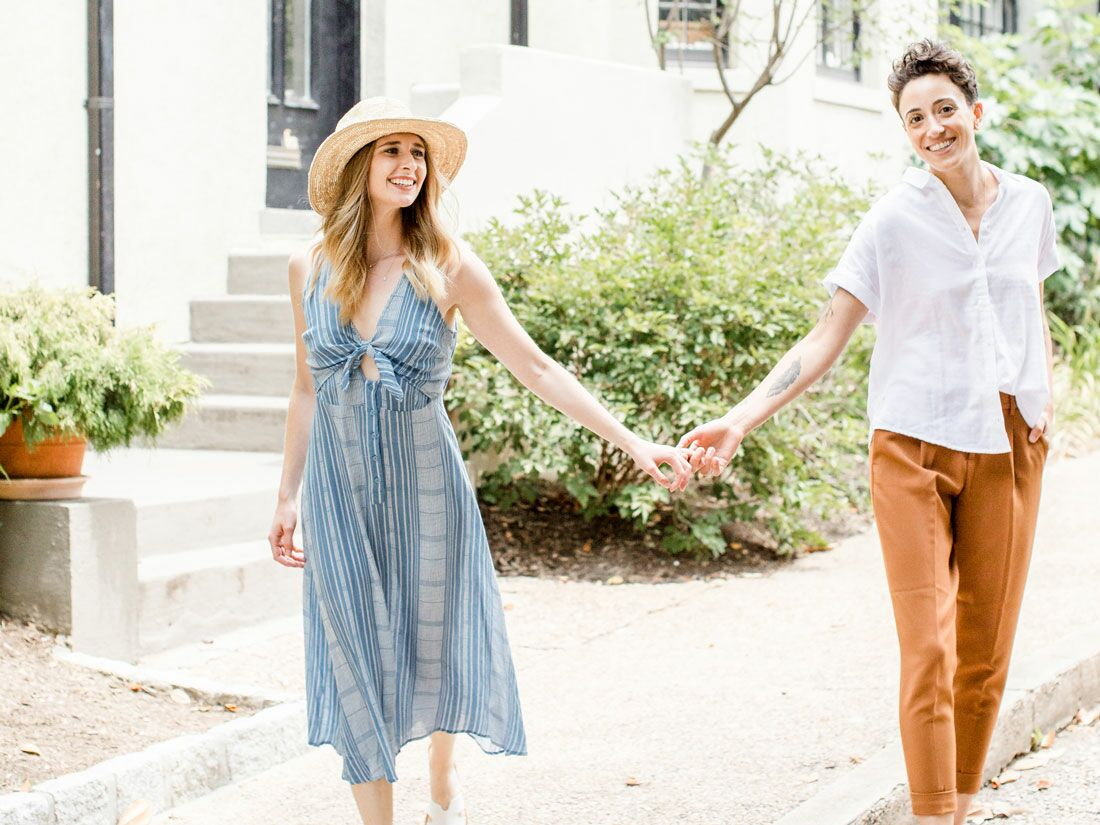 The Best Engagement Photo Outfits Dresses Exactly What To Wear