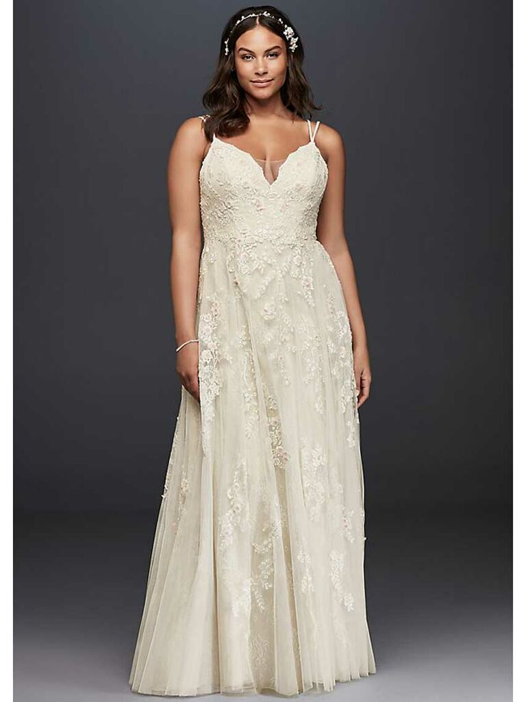 Simple plus-size lace wedding dress with A-line skirt and double straps