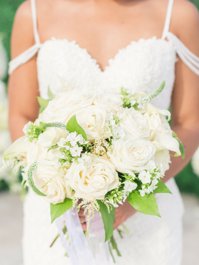 White-and-green bouquet