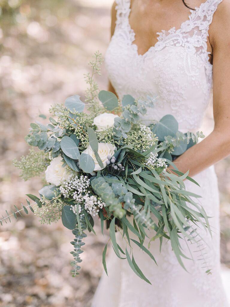 Cascading wedding bouquet idea