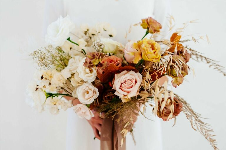Rustic bouquet in shades of tan and brown