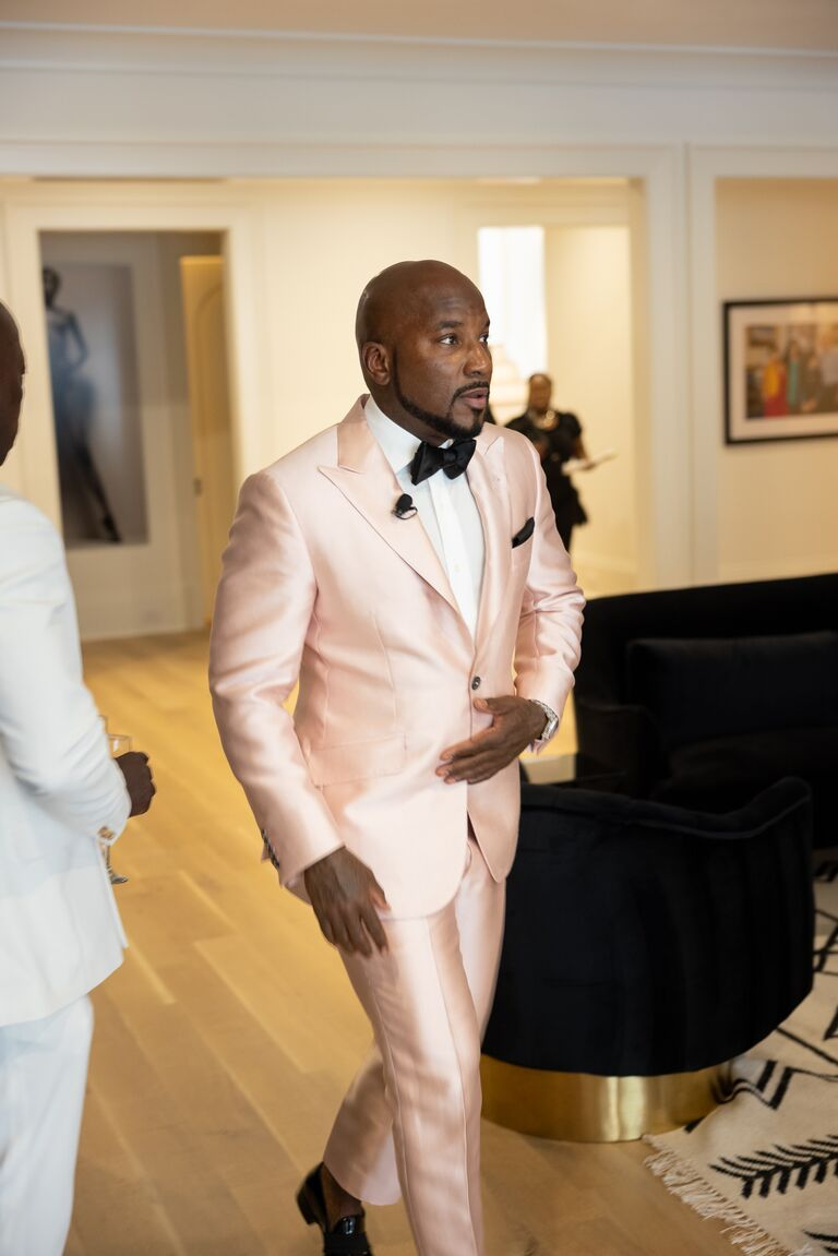 Jeezy in pink suit on wedding day