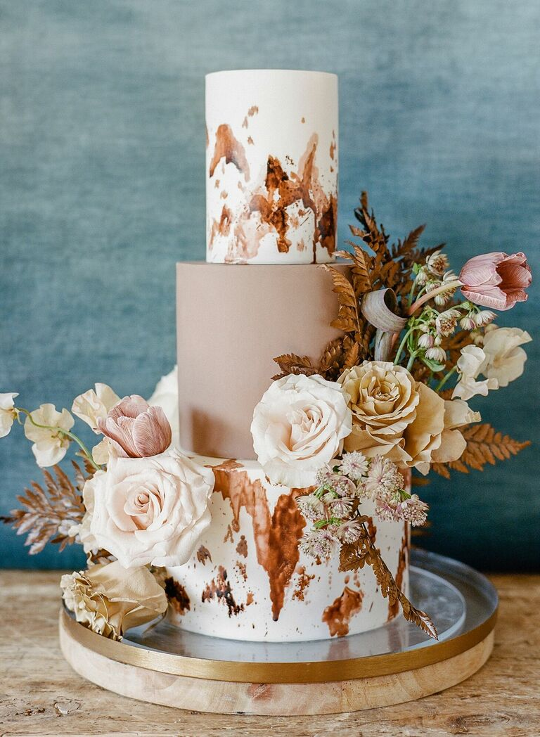 Rustic cowhide-inspired wedding cake