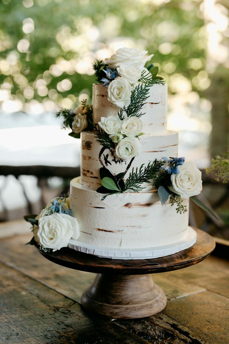 Bark-inspired three-tier wedding cake