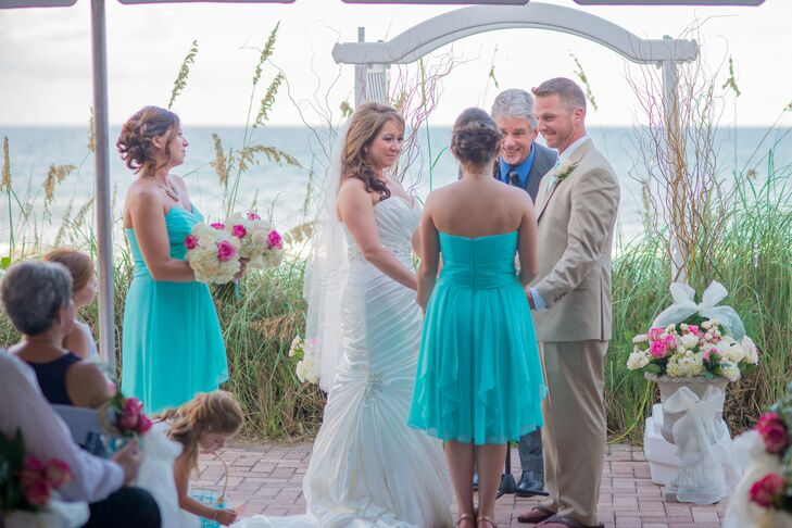 For a personal touch, Benji's family friend, Dave Montgomery, presided over their wedding ceremony.