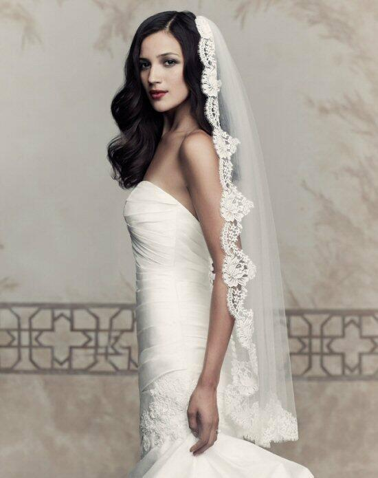 Paloma Blanca Veils Collection V432F Wedding Veils photo