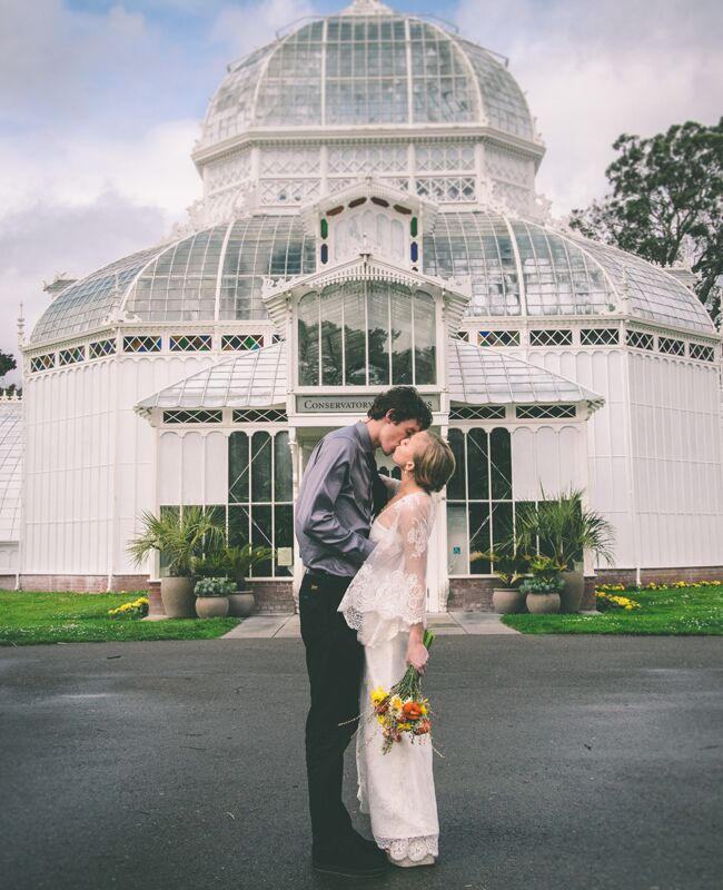 San Francisco elopement: Arielle Vey / TheKnot.com