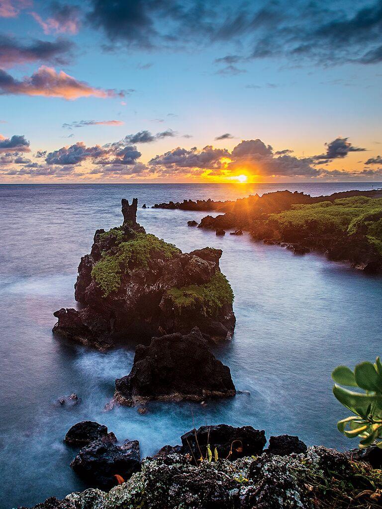 Wai'anapanapa State Park, Maui honeymoon ideas
