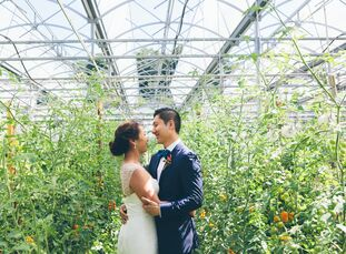 Vincy and Fong's midsummer wedding was a rustic, elegant affair laced with plenty of personalized and unexpected touches.<br><br>Fong popped the quest