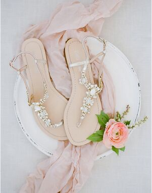 Bella Belle LUNA Gold Shoe