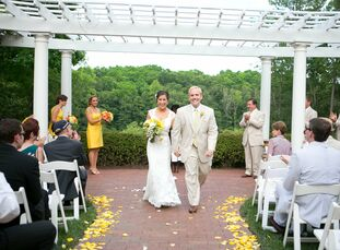 The Bride Lindsay Soll, 29, a web content manager The Groom Dryw Kirkman, 31, a portfolio manager for a commercial bank The Date June 9  Lindsay and D