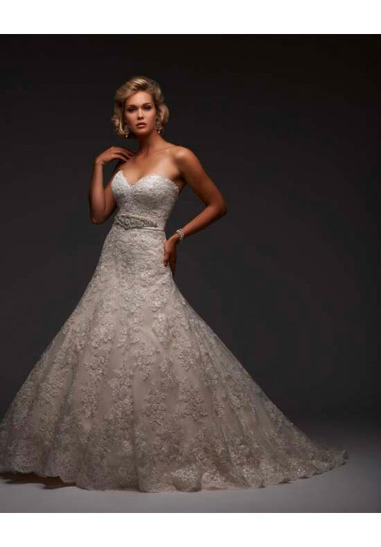 Essence Collection by Bonny Bridal 8402 Wedding Dress photo