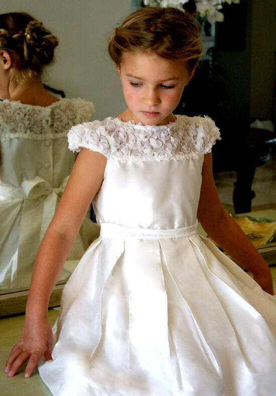 Isabel Garretón Bouquet of Roses Flower Girl Dress photo