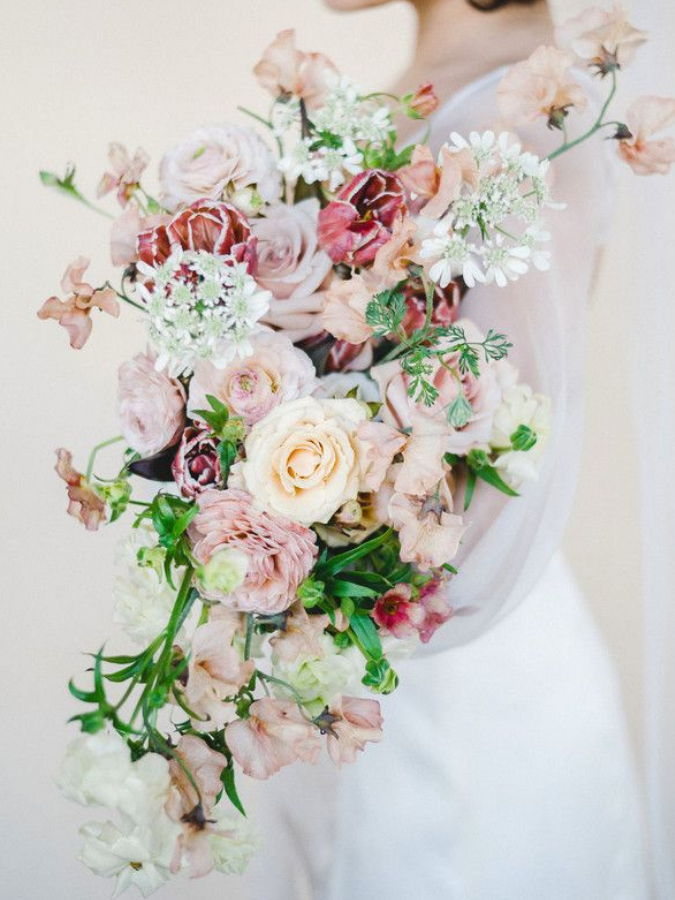 Rose and sweet pea bouquet