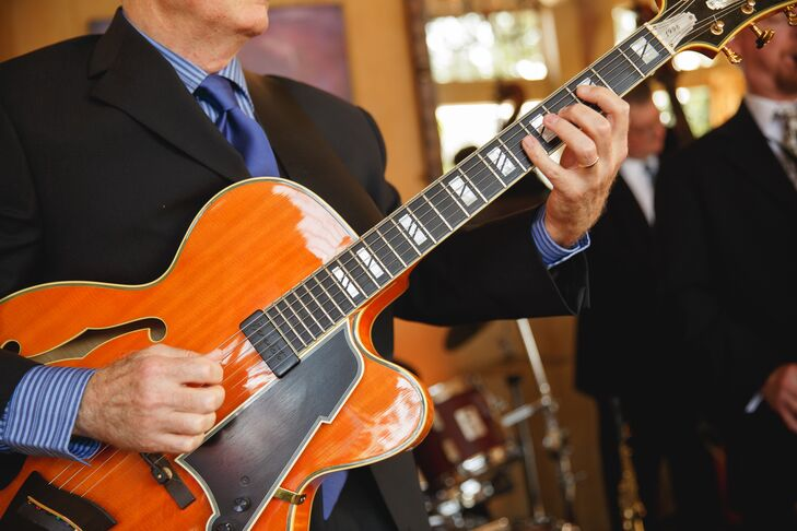 Classical Guitar and Jazz Music at Reception