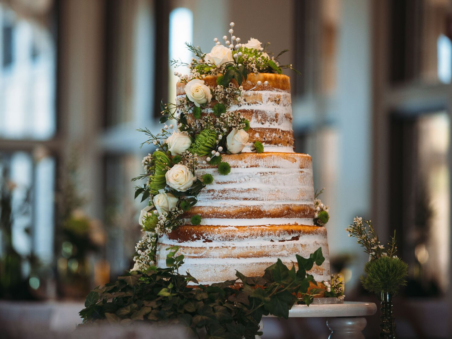 This Is The Average Wedding Cake Cost