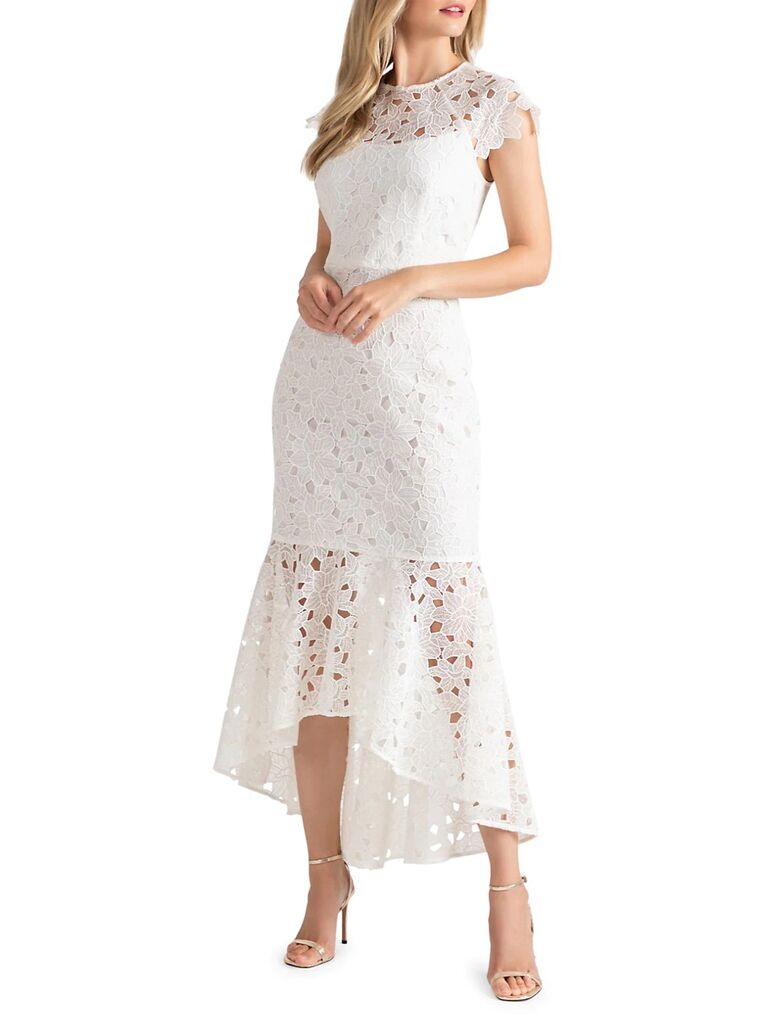Váy ren nàng tiên cá với tay áo cao thấp và mũ lưỡi trai tinh tế váy cưới đẹp
