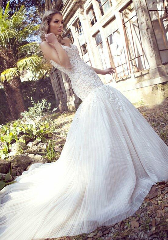 Ysa Makino KYM52 Wedding Dress photo