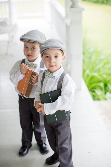 The ring bearers wore vintage inspired gray suits with suspenders and newsboy caps.