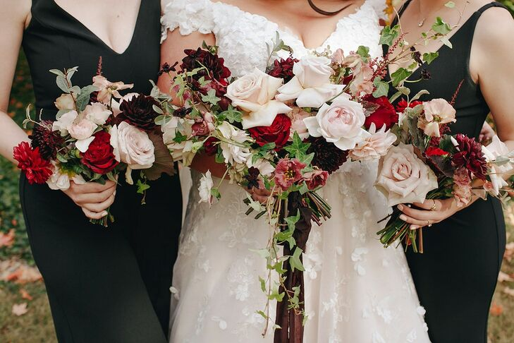 Autumnal Bouquets for Wedding at The Beverly Mansion in Marengo, Ohio