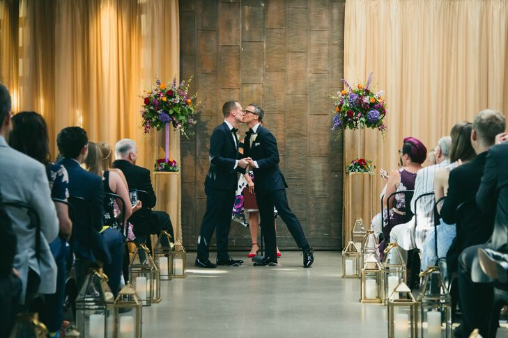 Wedding Ceremony at Ovation Chicago in Chicago, Illinois