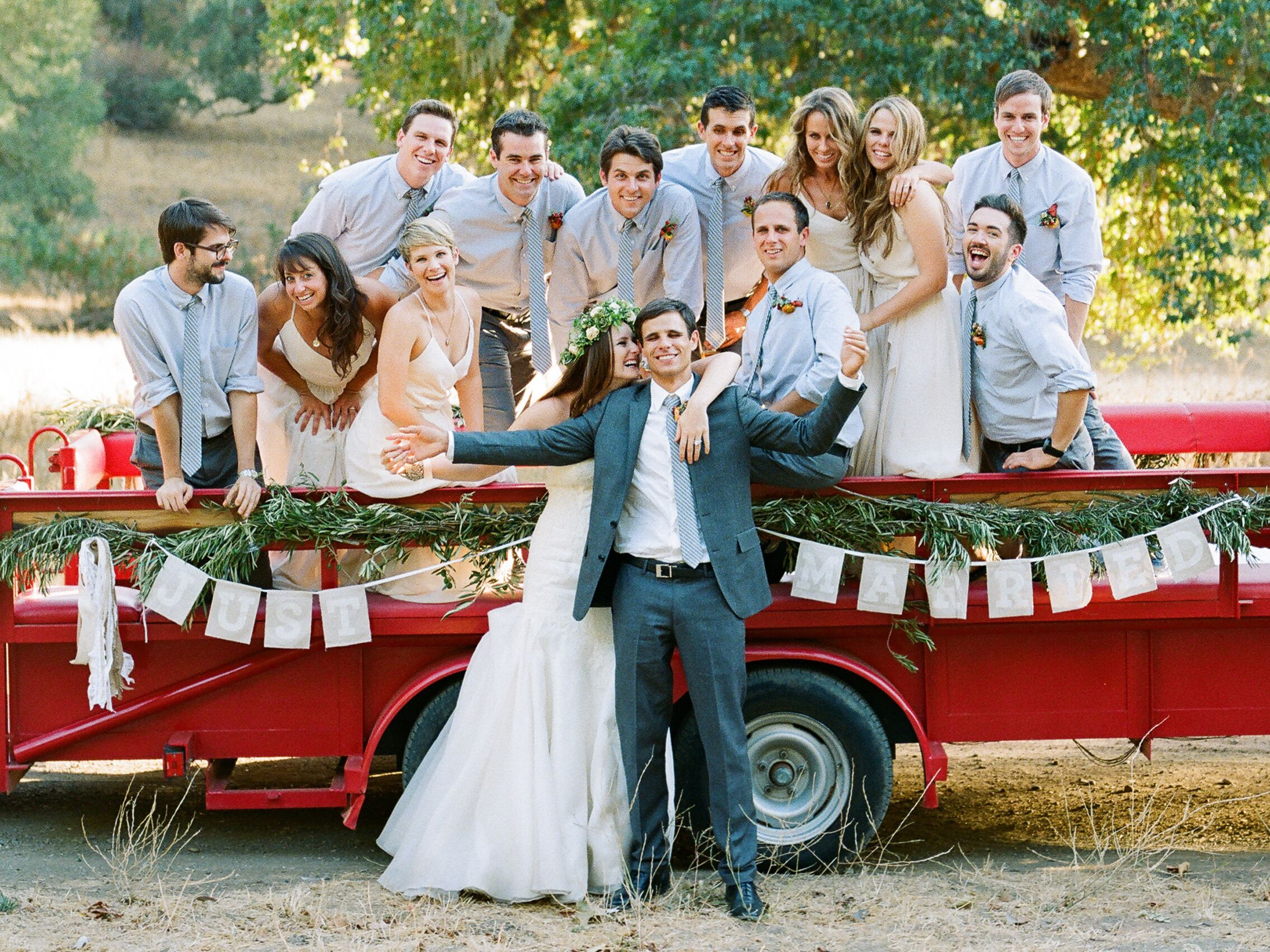 Wedding Party Positions And Roles The Knot