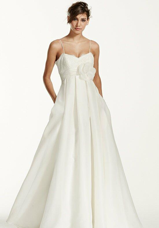David's Bridal Galina Style KP3694 Wedding Dress photo