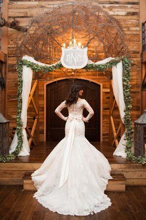 Long-Sleeve Mermaid-Style Wedding Gown