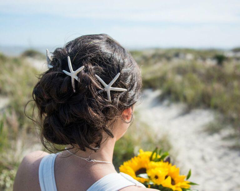 Starfish wedding hair accessory